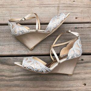 New Badgley Mischka nude Winter Crystal heels
